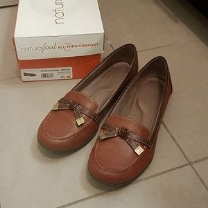 Naturalizer Gracee Oak Brown Leather Loafers